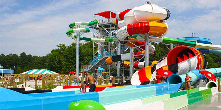 Spend a Day in the Sun at an Amusement Park Near You